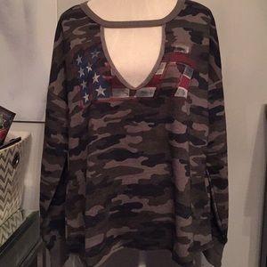 🆕Lucky Brand KISS Tour Camo Sweatshirt